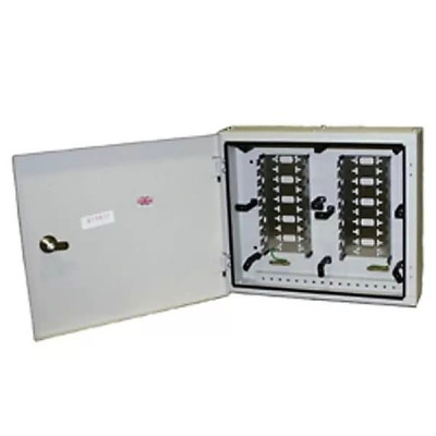 Connection Box 500 Series c 2 ряд монтажных хомутов по 10 LSA-PLUS модулей (200 пар) 6428 2 418-00