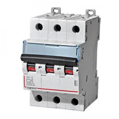 LEGRAND 407861 Автоматический выключатель, серия DX3, С25A, 10кА, 3-полюсный