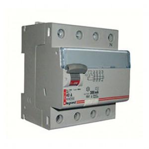 LEGRAND 411723 Дифференциальный выключатель, серия DX3, 40A, 300mA, 4-полюсный, тип АС
